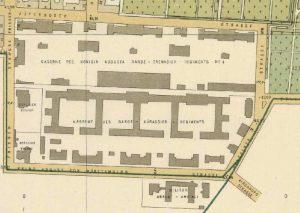 Next to the barracks  (Kaserne)– currently a police station – on the former Prinz-August-von-Württemburg-Strasse, the outline of the former military barracks-turned-concentration-camp can still be seen. Quelle: Stadtplan von 1895, Verlag Julius Straube, http://de.wikipedia.org/w/index.php?title=Datei:Lageplan_Columbia-KZ.jpg&filetimestamp=20080725174359